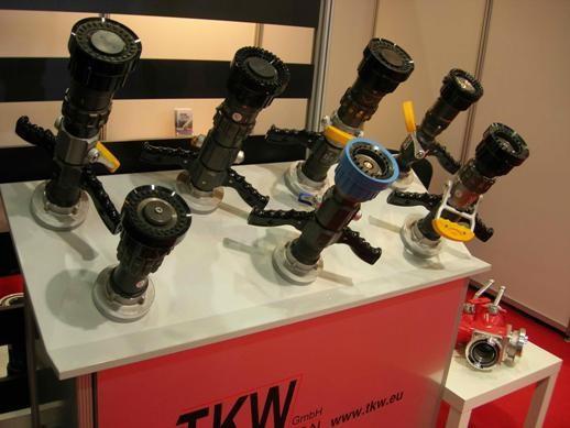 Ручные пожарные стволы, представленные на стенде TKW (Германия).